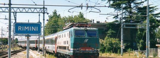 Как добраться из Римини в Венецию: поезд, автобус и аренда авто