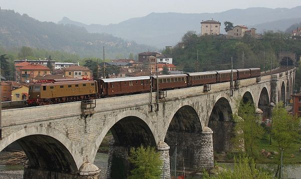 Как добраться из Болоньи во Флоренцию: поезд, автобус, авто