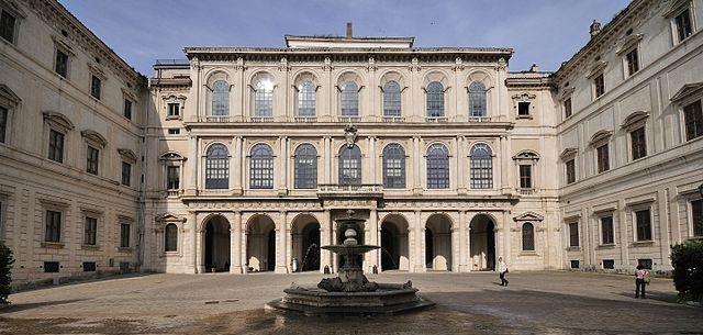 5 самых роскошных вилл и дворцов Рима
