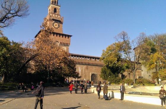 Погода в Милане осенью