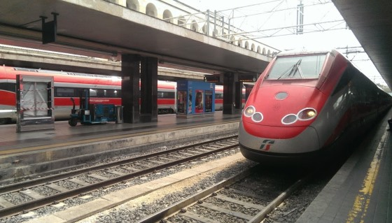 Из рима во флоренцию на поезде стоимость купить билет купить билет на самолет москва мин воды домодедово