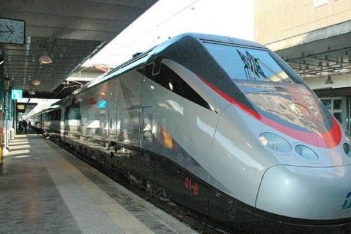 Скоростной поезд в Италии, фото, Италия
