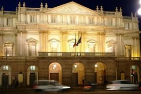 Театр Ла Скала построен в 1778г. архитектором Джузеппе Пьермарини на месте церкви Санта-Мария делла Скала, что дало название самому театру