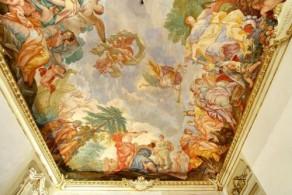 """Расписные потолки отеля Palazzo Tolomei """"ненавязчиво"""" погружают своих гостей в эпоху Возрождения"""