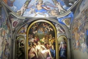 Стены апартаментов жены Козимо - Элеоноры Толедской украшены фресками Бронзино (середина XVI в.)