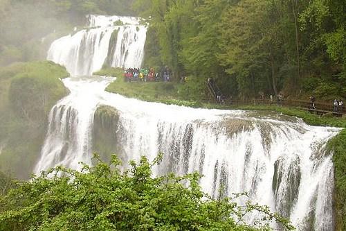 Отдых в Италии с детьми, фото, Водопад Марморе, Терни, Италия