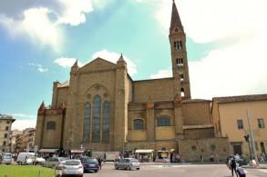 Главный жд вокзал Флоренции находится в самом центре города - на площади Piazza della Stazione