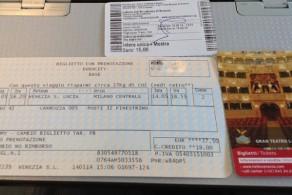 Билеты на поезда и в музеи имеет смысл приобрести заранее – онлайн