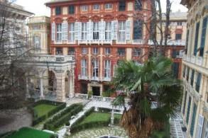 Лучшая в Генуя коллекция работ старинных мастеров находится в выставочных галереях Дворцов Страда Нуова