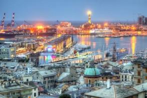 Генуя - европейский порт, родина Паганини и Колумба и популярный туристический центр