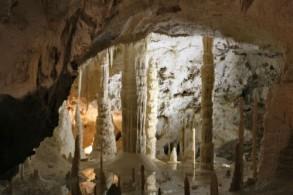 Пещеры Фрасасси – комплекс подземных гротов, длиною в 13 километров