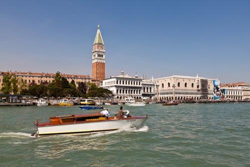 Морская экскурсия по Венеции