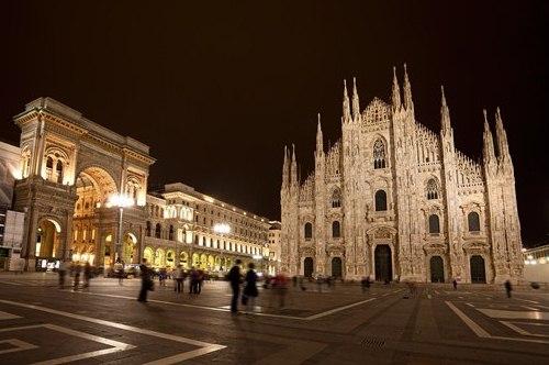 Русскоговорящий гид в Милане, фото, Соборная площадь, Дуомо, Милан, Италия