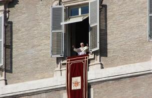 По средам с 10.00 утра площадь Св.Петра в Ватикане становится территорией для папской аудиенции