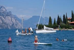 Климатические условия привлекают сюда любителей пляжного и активного отдыха