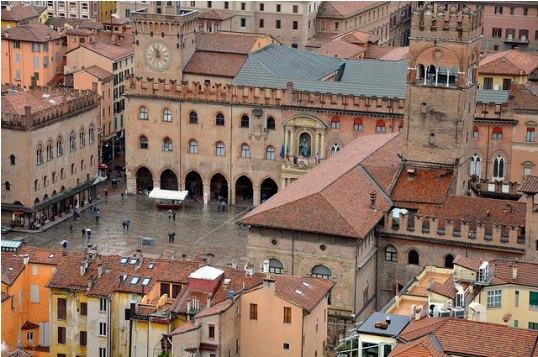 Экскурсия из Римини в Болонью считается одной из самых интересных