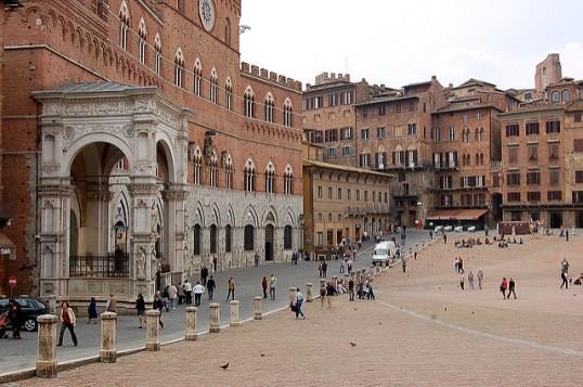 Средневековая архитектура Сиены