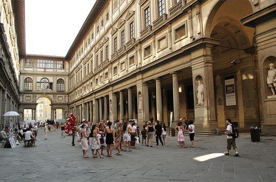 Галерею Уффици можно посетить в рамках одноименной экскурсии по Флоренции