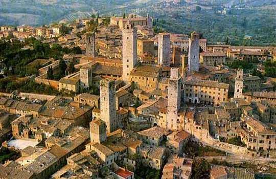 Экскурсия из Флоренции в Сан-Джиминьяно и Сиену