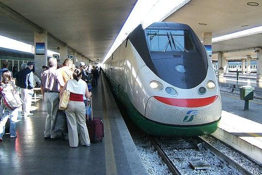 Как добраться из Римини во Флоренцию Как добраться из Римини во Флоренцию Eurostar arriving Florence SMN