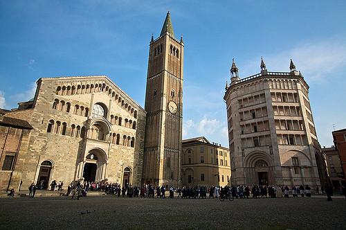 Площадь Дуомо. Парма. Италия