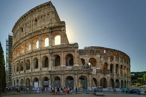 Современный Колизей частично отреставрирован