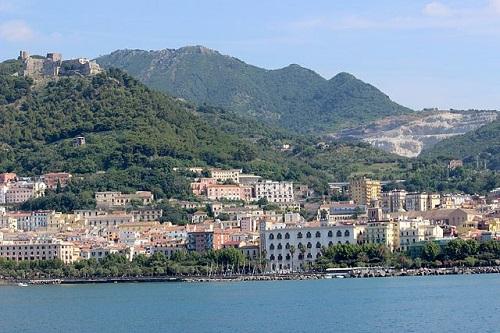 Город Салерно в Италии (фото)
