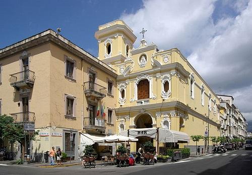 Santuario della Madonna del Carmine, Сорренто, Италия