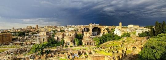 Италия в Мае