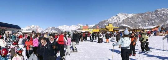 Горнолыжный курорт Бормио в Италии: лыжи, шоппинг и развлечения