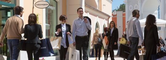 Аутлет Кастель Романо в Риме: без покупок не уйдет никто