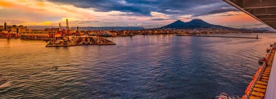 Паромы из Неаполя до Капри, Искьи и Палермо: расписание и цены