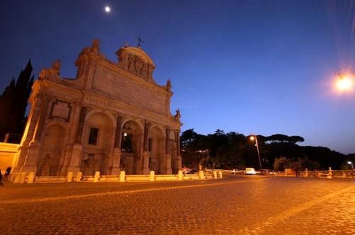Фонтан Аква Паола в Риме