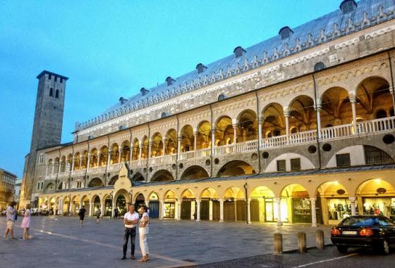 Палаццо делла Раджоне в Падуе