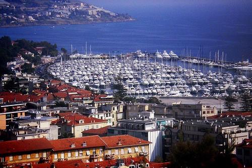 Курорт Сан-Ремо в Италии