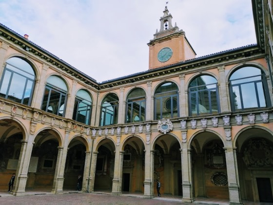 Архигимназия в Болонье