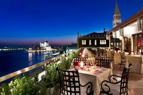 Ресторан на крыше отеля в Венеции