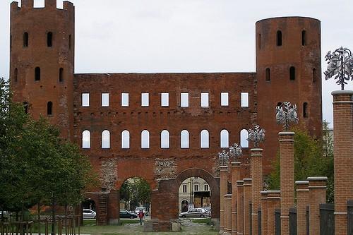 Палатинские ворота в Турине