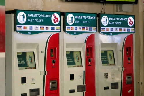 Автоматы для покупки билетов на поезда в Италии