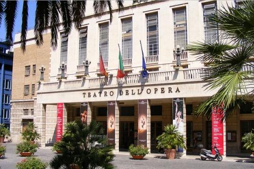Оперный театр в Риме
