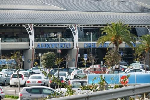 Аэропорт Кальяри, магазины и панорамный ресторан