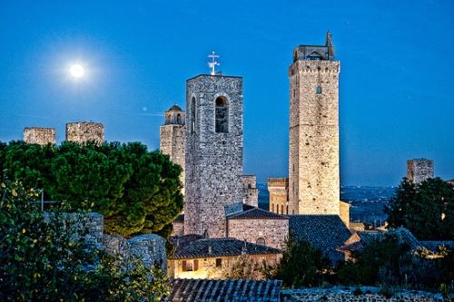 Сан-Джиминьяно - жемчужина Тосканы в Италии