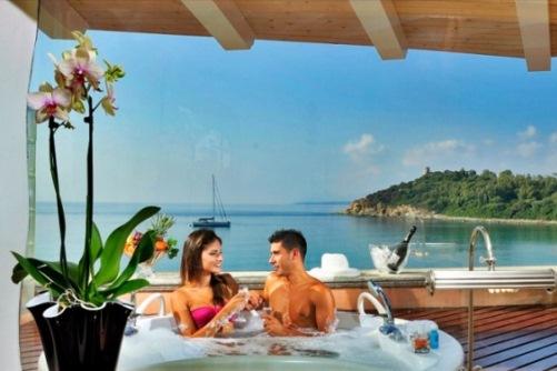 Вид на море из отеля на Сардинии