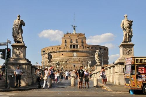Замок Святого Ангела в Риме Фото внутри история расположение на карте часы работы билеты и отзывы
