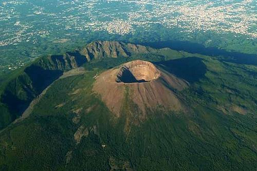 Вулкан Везувий, самый известный вулкан в Европе