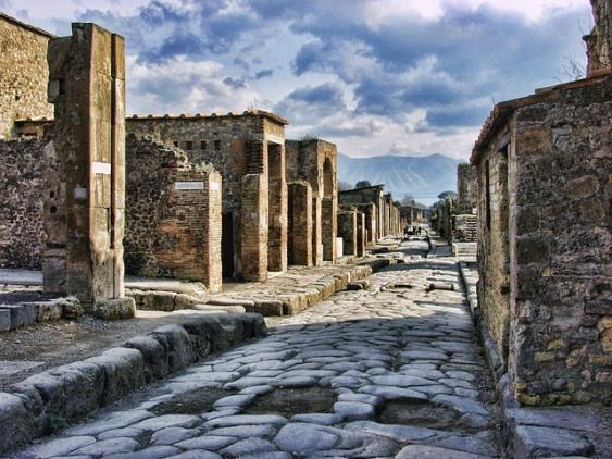Экскурсия в Помпеи из Рима