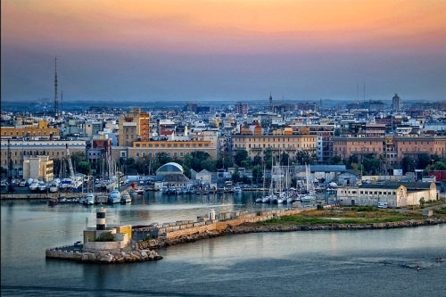 Порт Бари в Италии