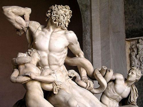 Увидеть скульптуру можно в рамках экскурсии по музеям Ватикана