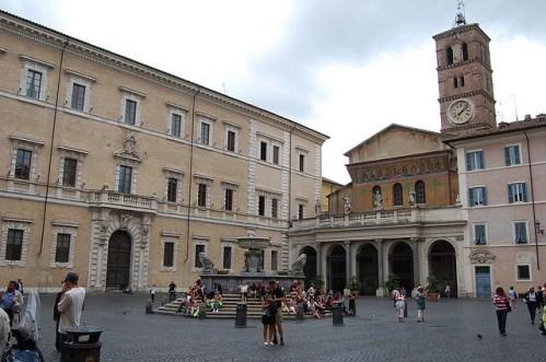 Базилика Санта-Мария-ин-Трастевере в Риме