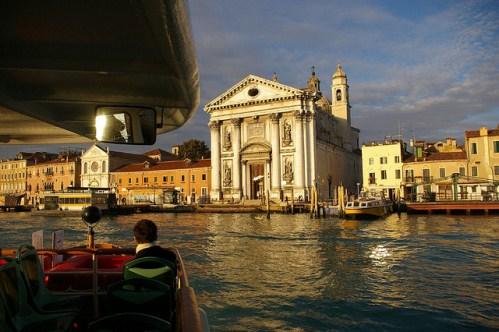 По Венеции на катере